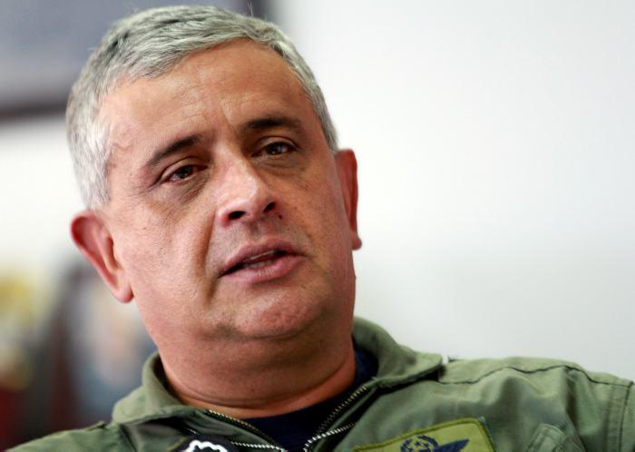 general_tito_saul_pinilla_comandante_de_la_fuerza_aerea_colombiana.jpg