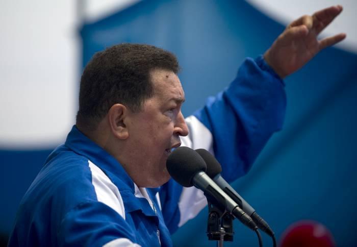 Capriles gana a Chávez por 3,2%