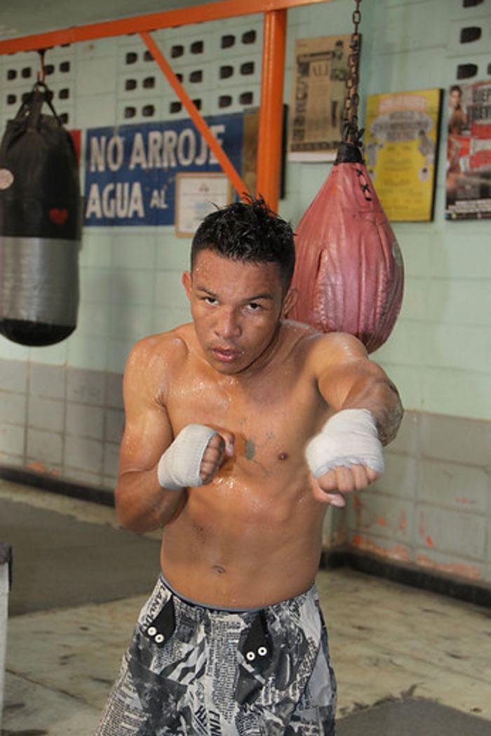 Luis 'El Chino' De la Rosa perdió título de la OMB | Merlito ...