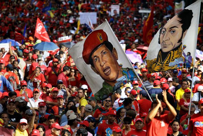 http://www.eluniversal.com.co/sites/default/files/201201/imagen/marchas_en_venezuela1_.jpg