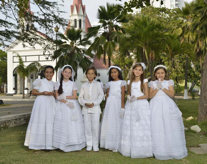 Alquiler de vestidos de primera comunion en cartagena