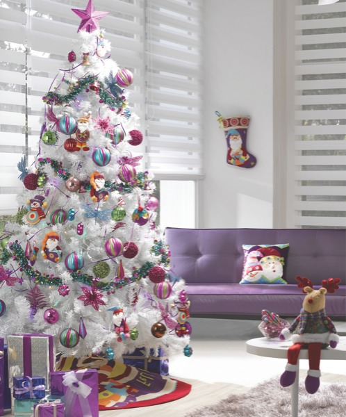 Arbol de navidad decorado con plateado