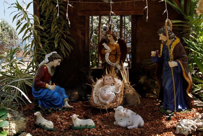 1989e9df038 Lo que no sabe del pesebre y del árbol de Navidad