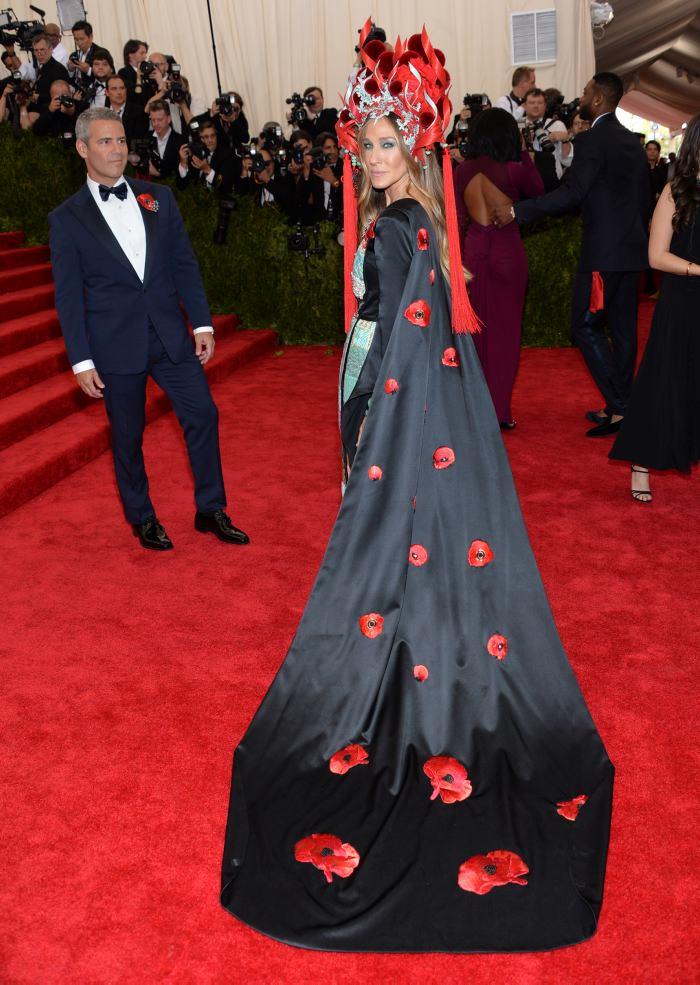 Los vestidos más excéntricos de la Gala Met 2015 | Vogue | EL ...