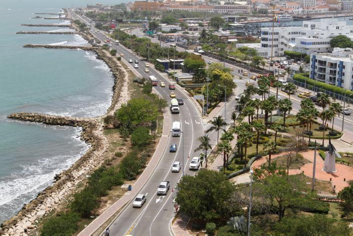 """""""Cartagena: con lotes de millones y gente con hambre"""""""