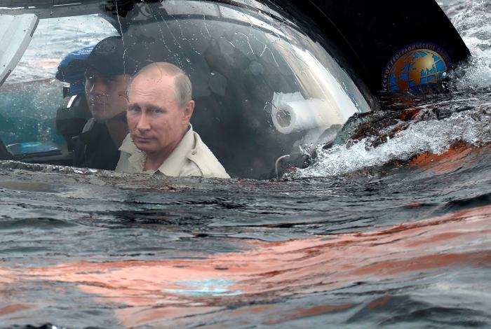 Vladimir Putin buscó un tesoro en el mar. Genio e idolo Ruso