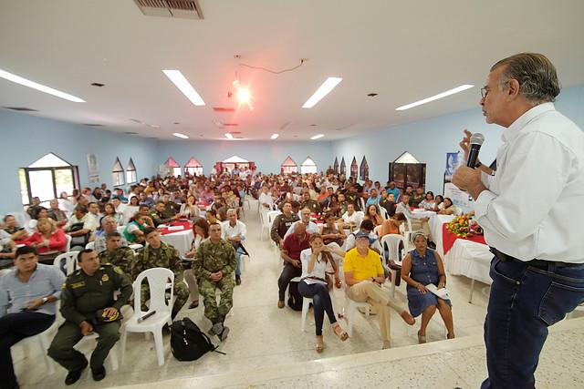 Procuraduría suspende por cuatro meses al gobernador Eduardo Verano de La Rosa