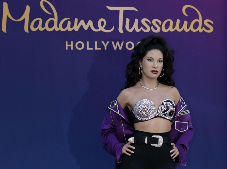 Selena sorprende en el Madame Tussauds