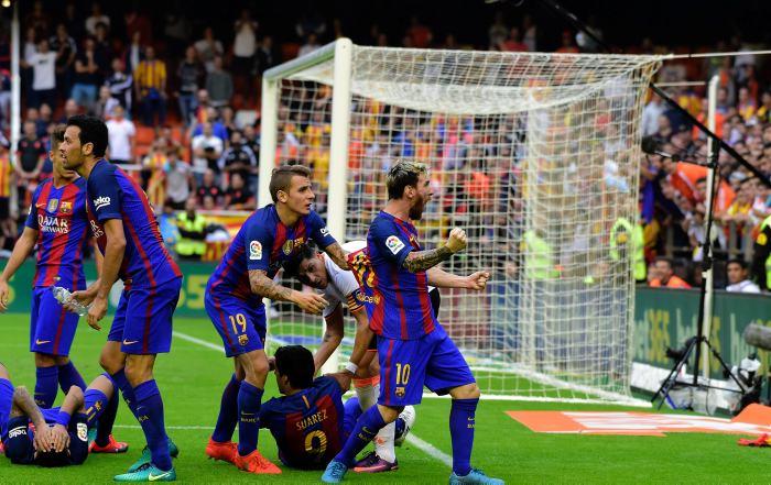 Enfrentamiento entre la Liga y el Barcelona por el botellazo a ... 8c5e9f4a9e411