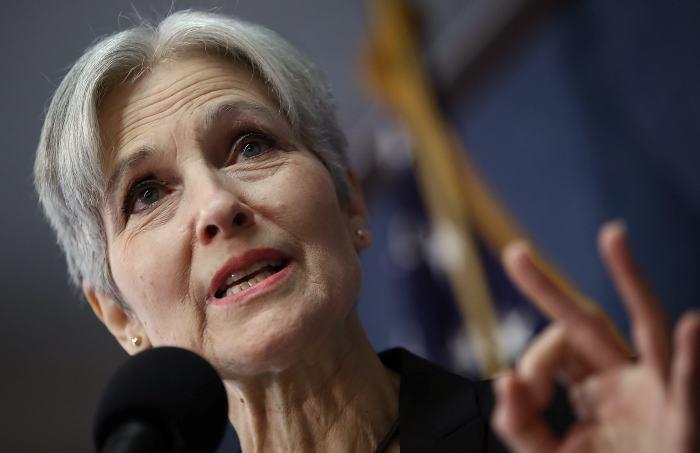 La campaña de Hillary va a participar en el recuento de votos