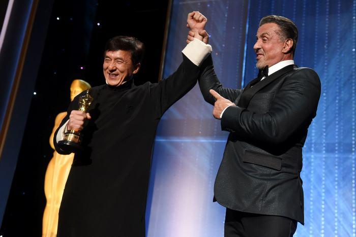 Jackie Chan recibe premio Óscar honorífico