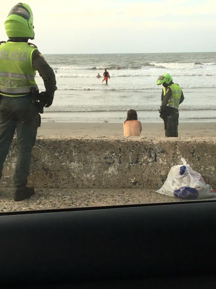 Foto mujer desnuda playa photos 40