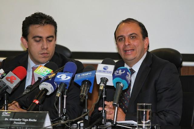 Óscar Iván Zuluaga retira su precandidatura a la Presidencia