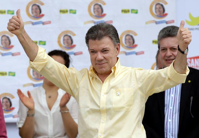 Santos condena pagos de Odebrecht a su campaña presidencial de 2010