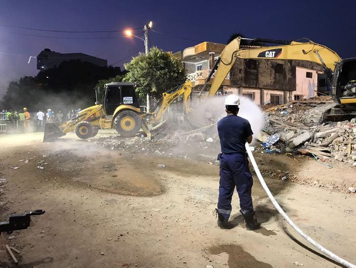 Videos registran rescate de heridos tras colapso de edificio en Cartagena