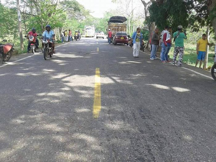 Miles de personas acompañan el velorio de Martín Elías