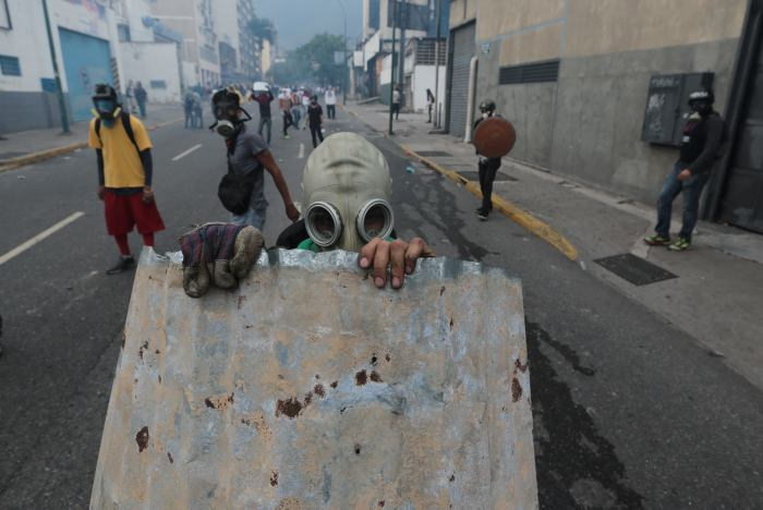 Protestas en Venezuela dejan 12 muertos; suman 21 en tres semanas