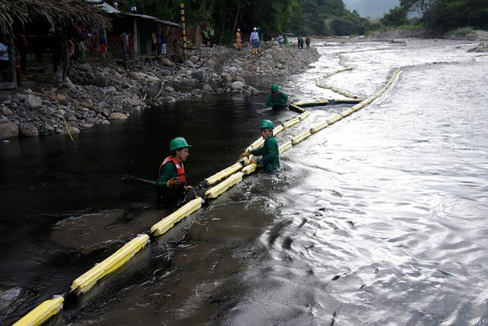 La ONU denuncia emergencia ambiental en municipio colombiano tras atentado del ELN