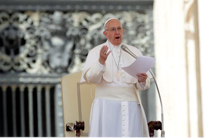 Papa Francisco: Vaticano podría mediar en Venezuela bajo