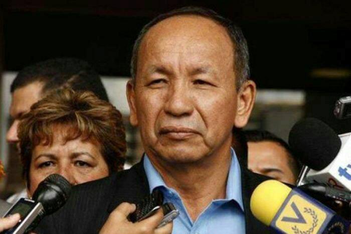 Fue inhabilitado políticamente por 15 años Liborio Guarulla, gobernador del estado Amazonas