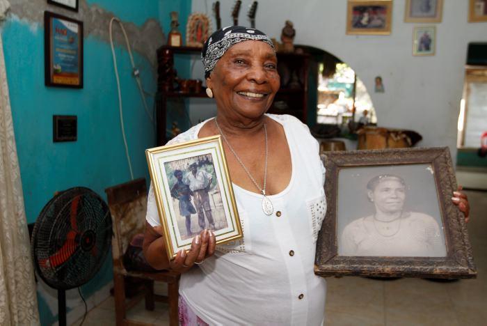 Petrona Martínez sale de hospitalización y se recupera en casa