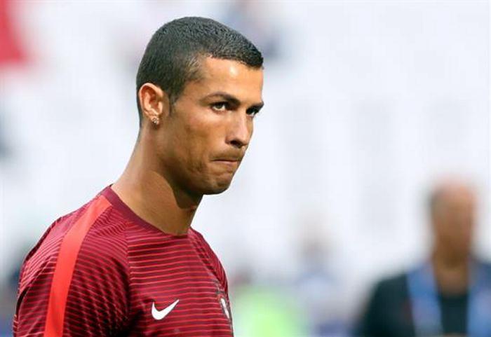 Salva Ronaldo a Portugal