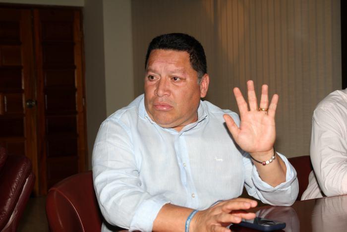 Recompensa por funcionarios públicos investigados por desplome de edificio en Cartagena