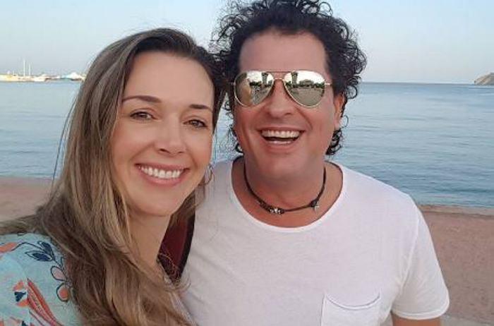 Mujer que besó a Carlos Vives confiesa que podría perder su matrimonio