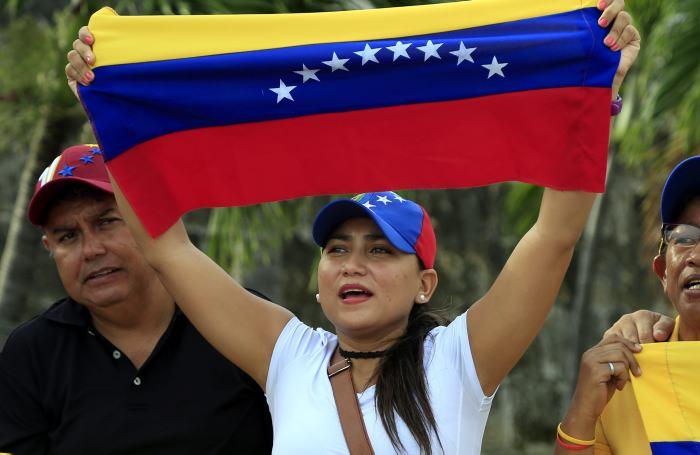 Parlamento venezolano busca reivindicar sus poderes ante Asamblea Constituyente