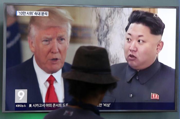 Trump aplaude decisión de Norcorea sobre plan de misiles
