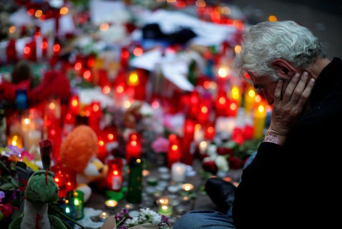 Barcelona: confirman identidad del conductor y de las 15 víctimas