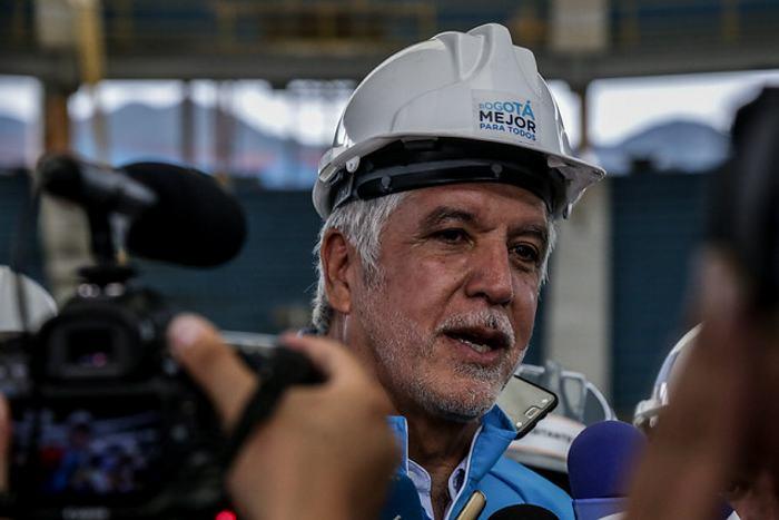 Peñalosa, a responder por presunto detrimento en estudios del metro — COLOMBIA