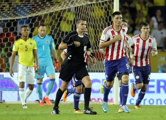 Uruguay y Colombia en pos de asegurar su clasificación