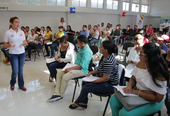 Oferta de empleo para víctimas del conflicto hoy en Plaza Mayor