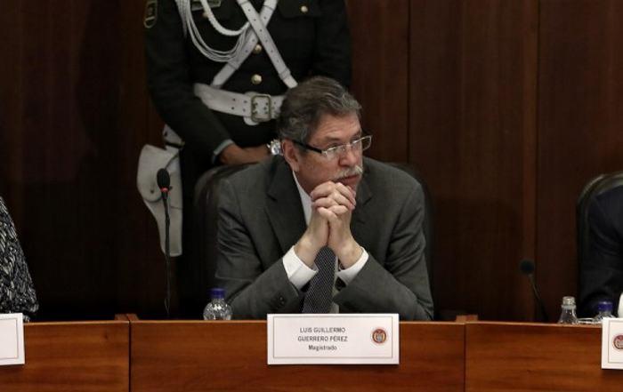 Senado colombiano aprueba ley de Justicia Especial para la Paz