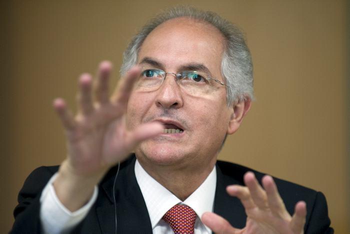 Líder opositor Antonio Ledezma huyó desde Venezuela hacia Colombia