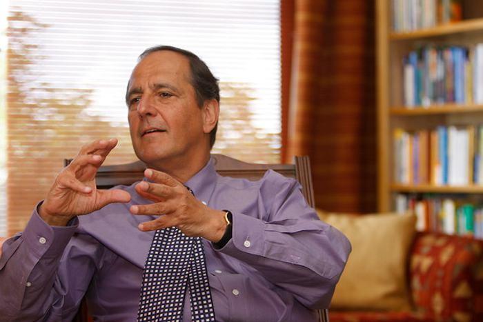 Juan Camilo Restrepo no irá más como jefe negociador con el ELN