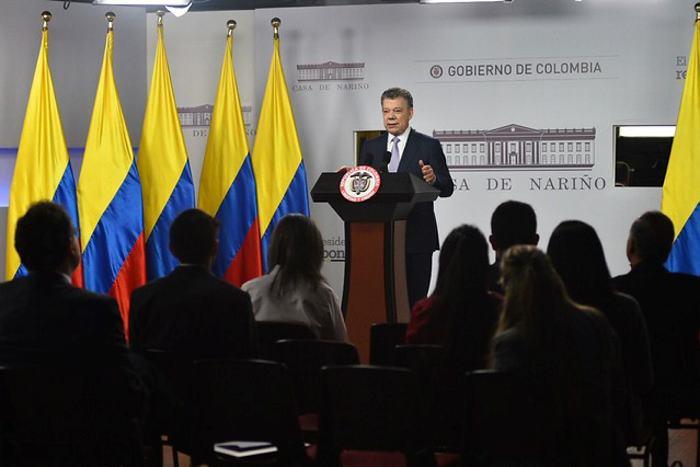Santos suspende el proceso de paz con el Eln