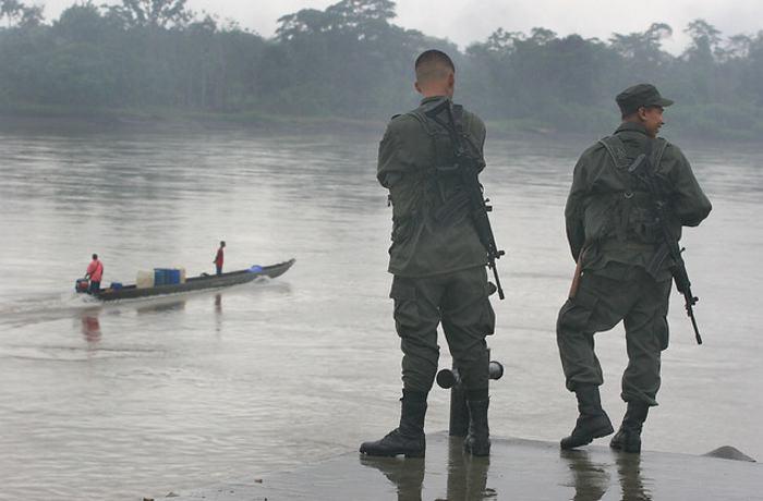 Colombia: Nativos denunciaron bombardeo a comunidad en Chocó