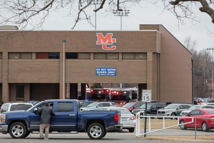 Tiroteo en escuela de Texas deja un herido y un estudiante arrestado