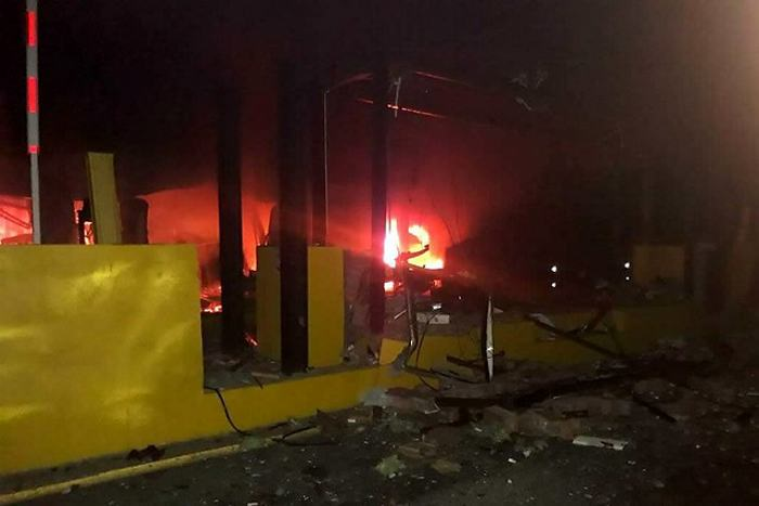 Ataques del ELN en Colombia dejan dos muertos y peajes dinamitados