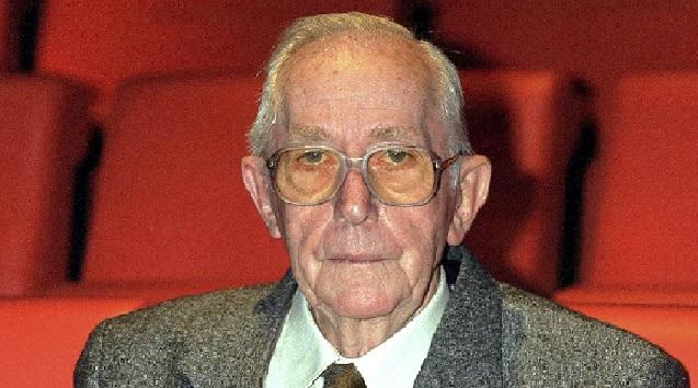 Falleció Lewis Gilbert, el director de las tres cintas de James Bond