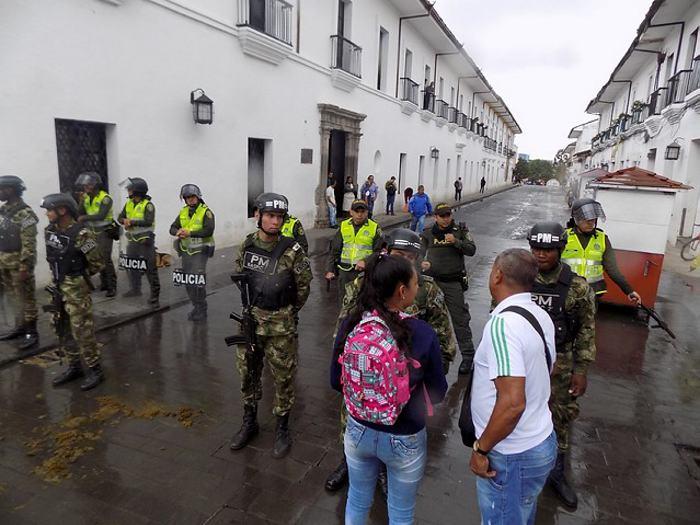 Encuentro político de Uribe en Popayán terminó en disturbios