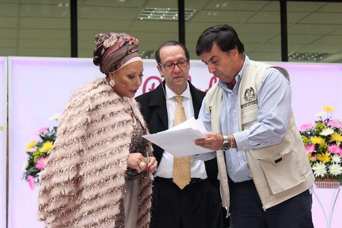 Piedad Córdoba inscribe candidatura a Presidencia de Colombia