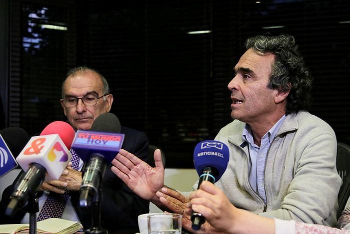 Crece la expectativa por reunión de Sergio Fajardo y Humberto de la Calle