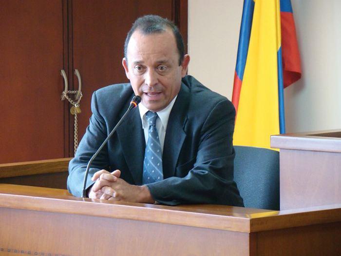 Santiago Uribe en libertad condicional