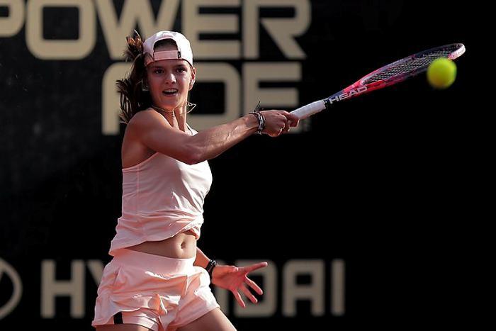 Emiliana Arango clasificó a cuartos de la Copa Claro Colsanita