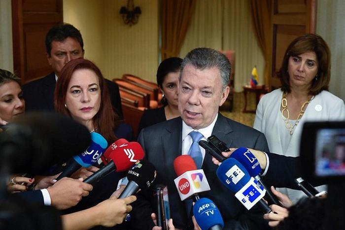Cadáveres de periodistas ecuatorianos están en Colombia: Santos