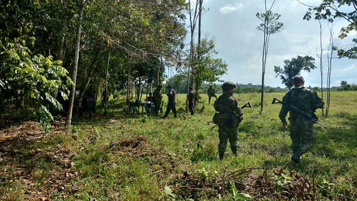 Un soldado colombiano muere en campo minado