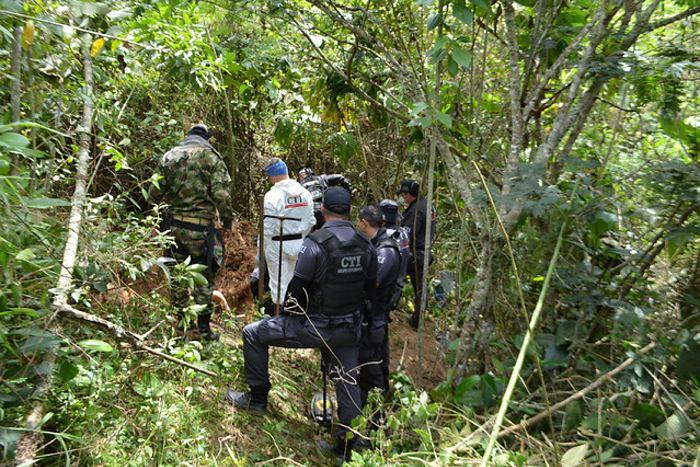 Cuerpos hallados en fosa común corresponderían a dos costarricenses que estaban secuestrados